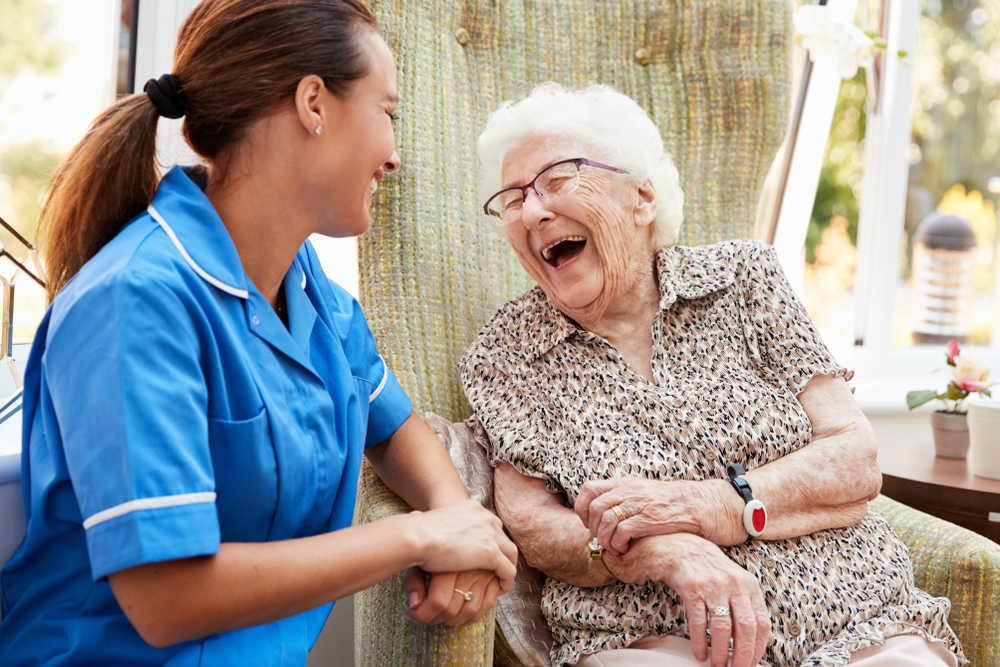 En la tercera edad necesitamos cuidar al enfermo y al cuidador