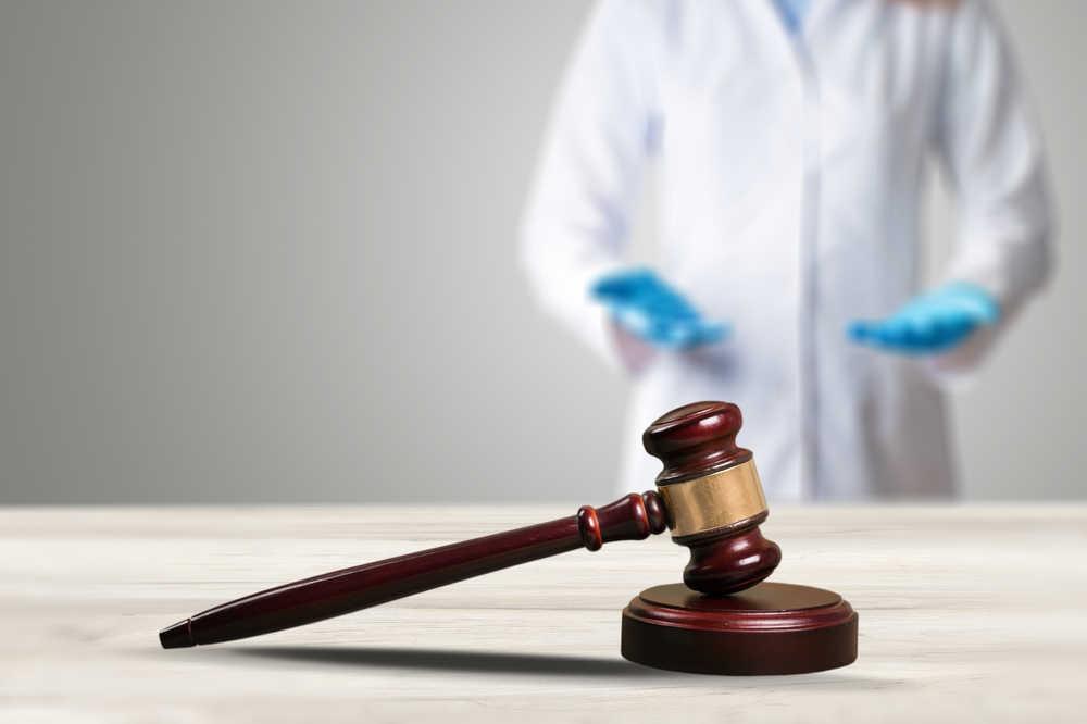 las negligencias médicas y elegir abogado